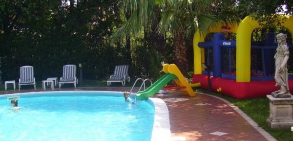 piscina-giochi-bambini.jpg